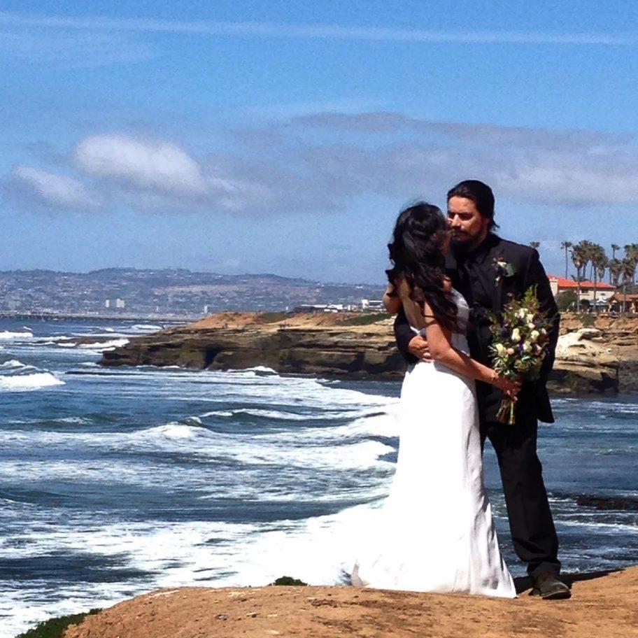 Sunset-Cliffs San Diego Wedding © HollyDayz