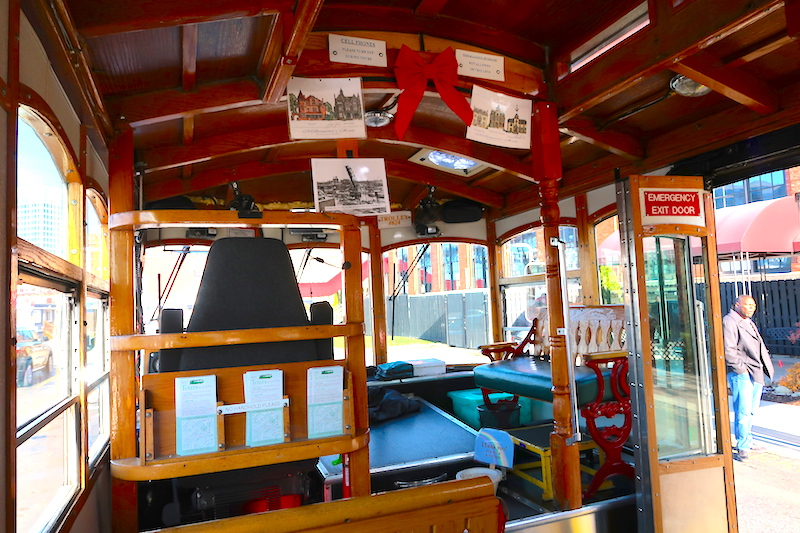 lolly the trolley cleveland ohion © hollydayz
