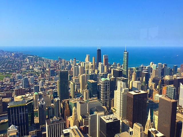 living life on the ledge skydeck chicago © HollyDayz
