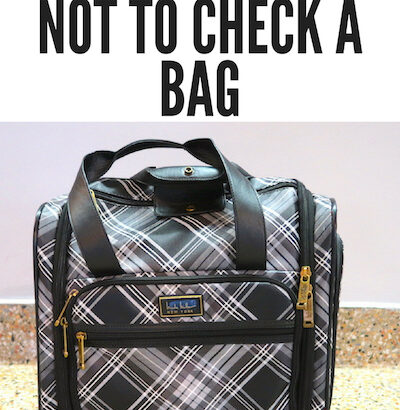 5 Reasons not to check your bag ©hollydayz