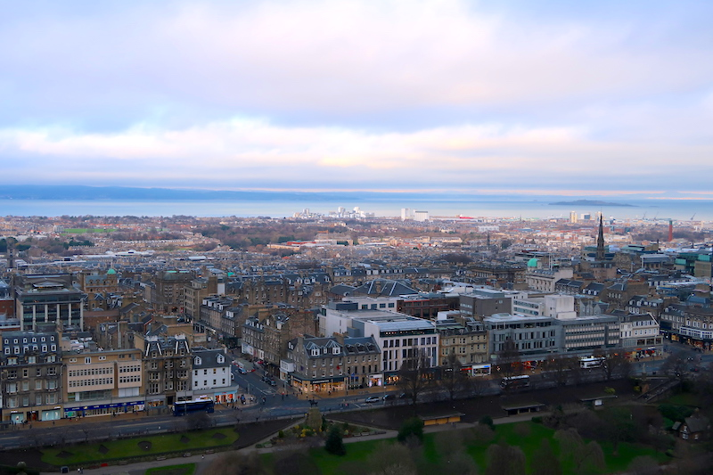 THINGS TO KNOW BEFORE YOU GO – EDINBURGH, SCOTLAND © HollyDayz 2020