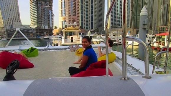hanging out at the dubai marina ©hollydayz